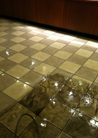 Tile and grout Cleaning flooring image